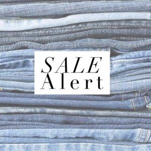 SALE ON ALL JEANS!! MAKE AN OFFER!!